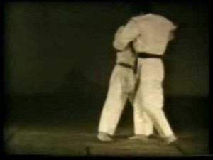 Okuri Ashi Barai (spazzata ai due piedi)
